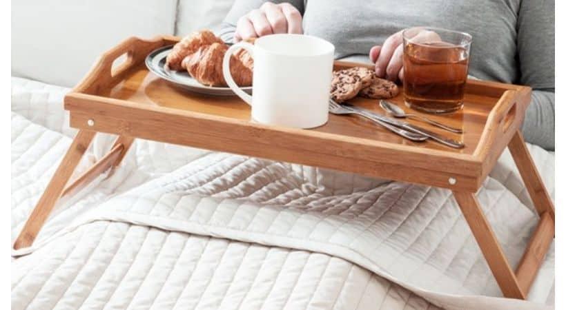 Bakkebord til sengen